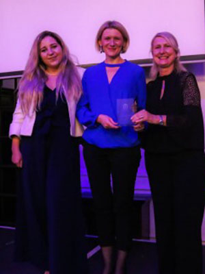 Presenting the COBCOE digital communications award to the British Chamber in Lithuania